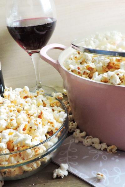 Scandalous Stove Top Spicy Garlic Popcorn