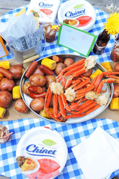 How to Throw an Outdoor Crab Feast for Dad