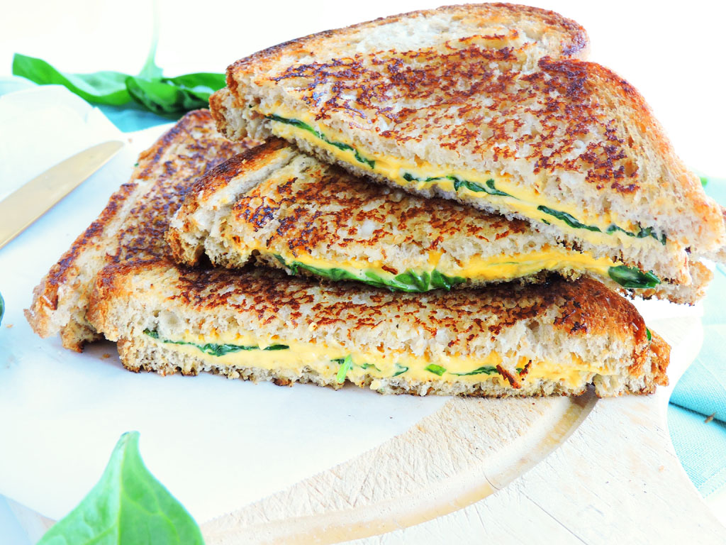Tasty Healthy Dinner Meals Made in 15 Minutes or Less, garlic spinach grilled cheese